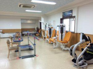 老健の介護福祉士はヘルパー時給1350円|超強化型施設|吹田・山田駅近