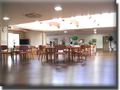 初任者研修修了時給1250円|小規模多機能施設の介護ヘルパー|摩耶・王子公園駅近