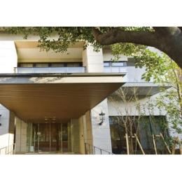 JR三宮◆神戸の港と山に囲まれ高級ホテルのようなケアセンター