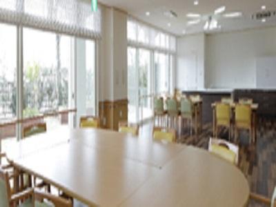 介護福祉士|保育園と併設で交流有ケアハウス|北伊丹駅近