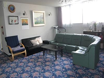 無資格~OK介護職|働きやすい有料老人ホーム|川西能勢口駅近