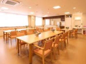 初任者時給1320円の介護職|2015年開設の老人ホーム|京都宇治