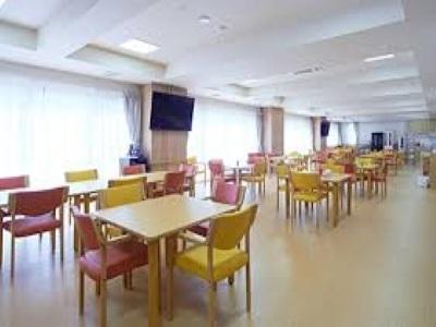 正看護師は時給2000円|開放的で賑やかな老人ホーム|西京極