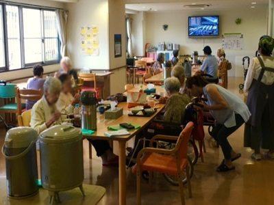 介護福祉士はヘルパー時給1350円高齢者向け賃貸住宅 尼崎次屋