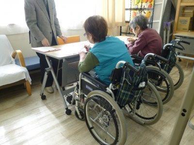 《吹田岸辺》正社員年収350万~☆老健の理学療法士