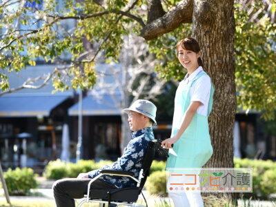 住宅型有料老人ホームの介護福祉士はヘルパー時給1,430円|大阪市生野区中川|今里